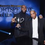 "[NBA 영상] 르브론 제임스, SI 올해의 선수상 수상…""나에게 과분한 상"""