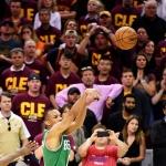 [NBA 콘퍼런스 파이널] 3초 지운 3점슛, 보스턴 반격 개시…시리즈 1승2패(영상)