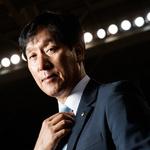 "[SPO톡 ①]  ""이기러 왔다"" 신영철 우리카드 감독의 화끈한 각오"