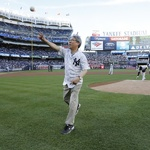 KBO 정운찬 총재, 양키스-메츠 '서브웨이 시리즈' 시구