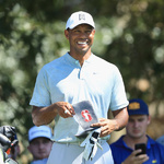 "[PGA] 이틀 연속 공동 선두 우즈, ""아직 절반밖에 지나지 않았다"""