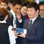 "[SPO 이슈]이순철 해설 겸직? 10만명 팬투표, 64% ""OK""…일각에선 우려"