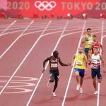 [SPO 도쿄] 육상 800m 드라마…1등은 조롱, 꼴찌는 '박수 세례'